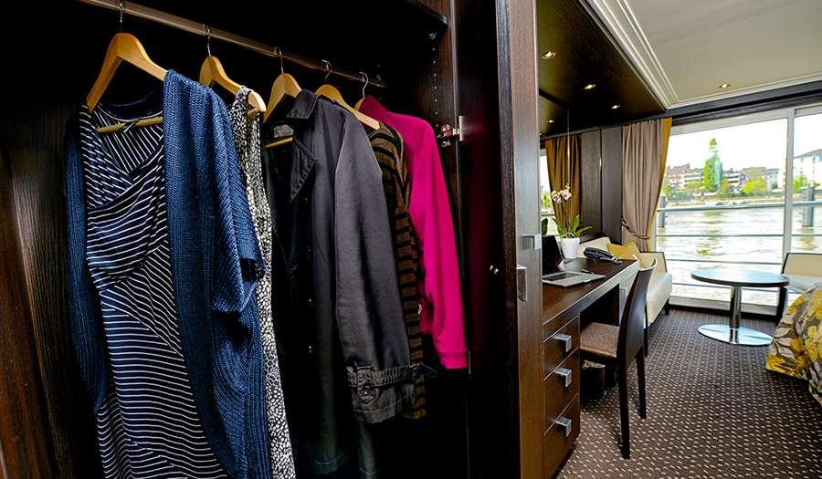 closet IL